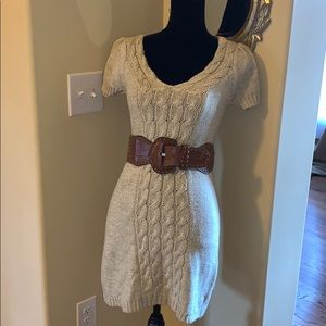Worn once! Sweater dress with belt!